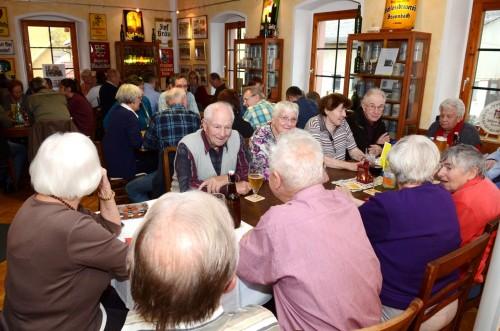 Nicht dokumentiert, aber selber gesehen: Die Altersspanne der Gäste  reicht von Acht bis Achtzig.