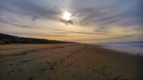 Naja. Sonntags leider immer ziemlich voll, der Strand.