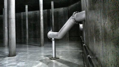 Da schießt gleich das Bodenseewasser raus. Aber bitte erst, wenn die Promnez das Behältnis verlassen hat. Nasse Füße holt sich keiner gerne.